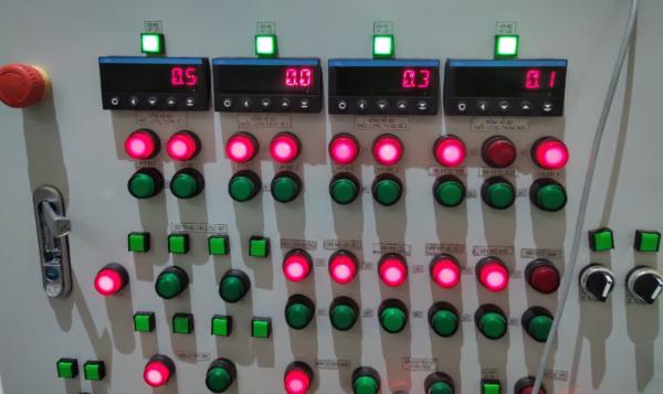 bộ điều khiển pt100 có 4 ngõ ra rơ le giá rẻ